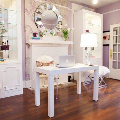 A Glamourpuss Beauty Salon, by Abbe Fenimore