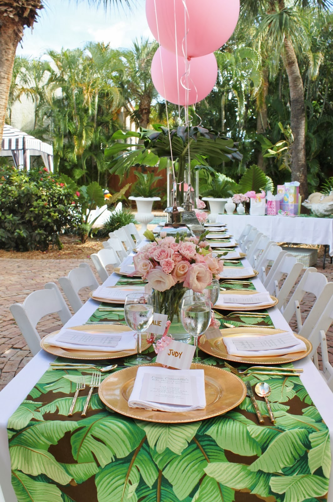 A palm beach chic baby shower by luxe report designs for Table exterieur luxe
