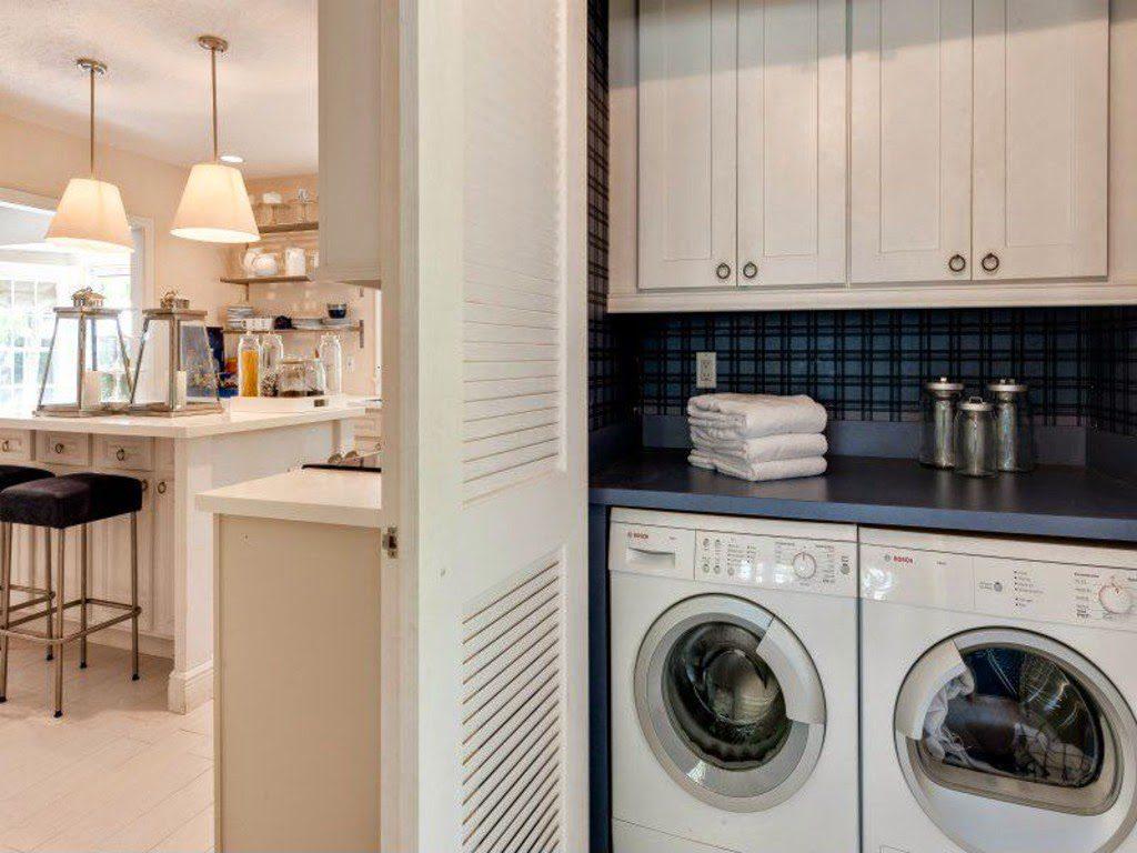 blue white coastal laundry room   The Glam Pad