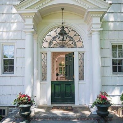 A Pretty and Preppy Home in Greenwich, Connecticut