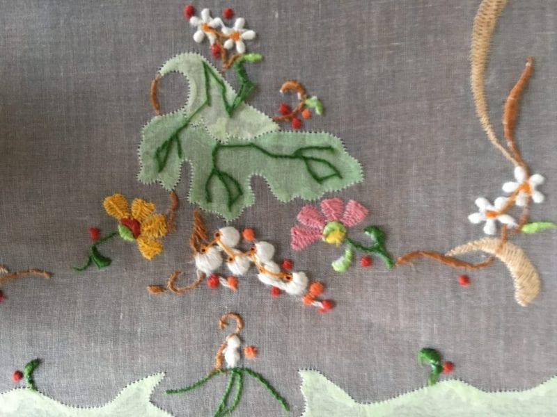 patricia-altschul-leron-linens-placemats-napkins-embroidery-floral-luzanne-otte