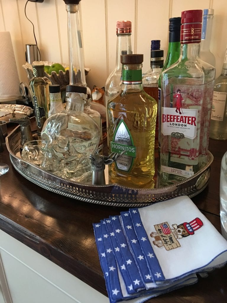 patricia-altschul-holiday-cocktail-napkins-fourth-of-july-bar-leron-linens-luzanne-otte