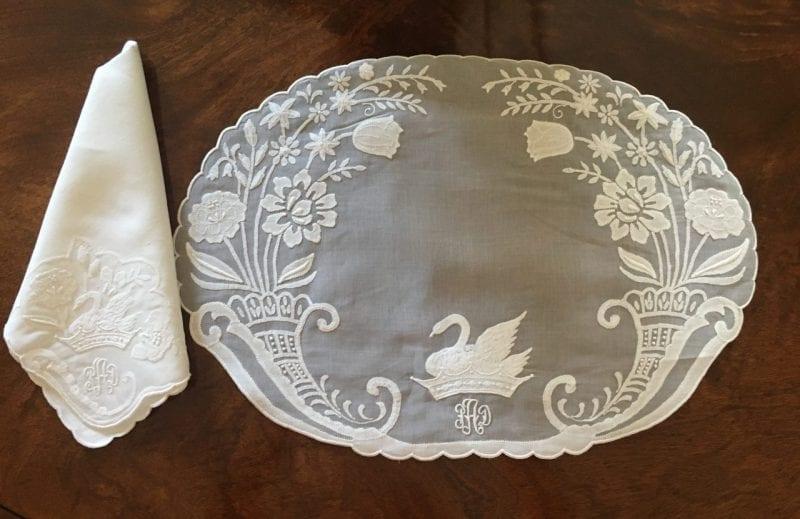 patricia-altschul-leron-linen-luzanne-otte-collection-placemats-napkins-embroidery-personal-crest-swans-monogram-bespoke