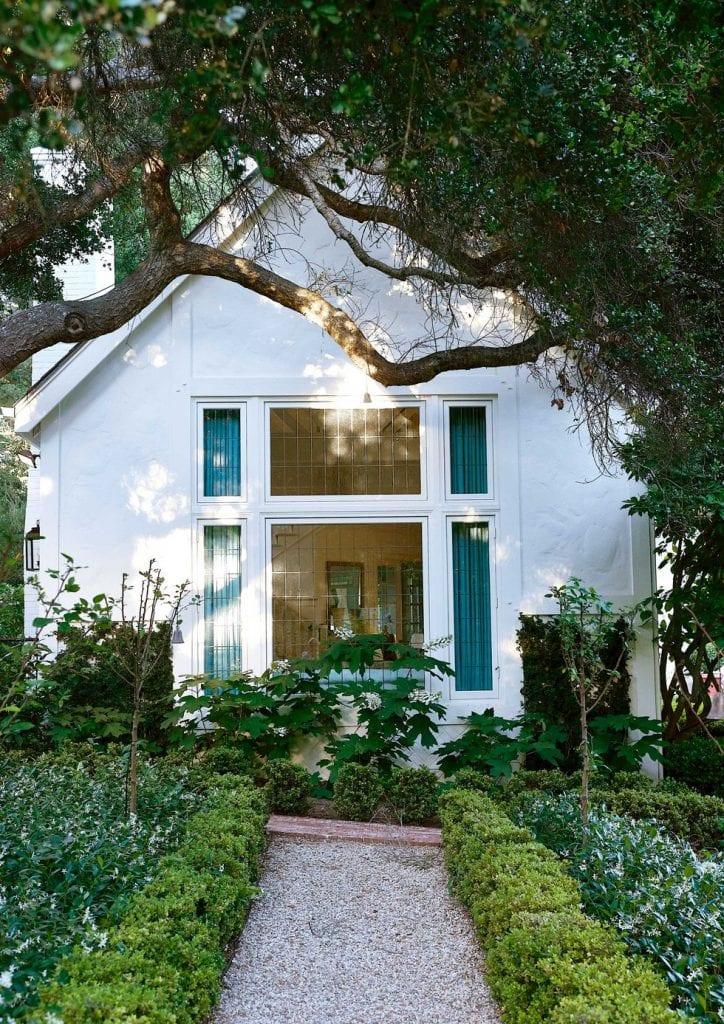 french-tudor-style-house-montecito-mark-sikes