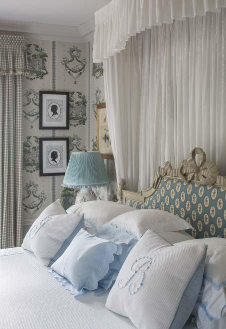 leta-austin-foster-french-headboard-silhouettes-wallpaper-bedroom