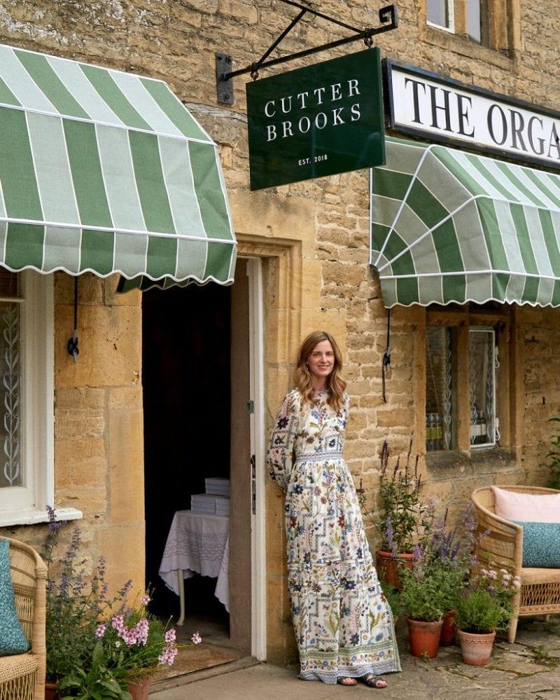 tory-burch-dress-fall-2018-england-cutter-brooks-amanda-brooks-cotswolds-store-england