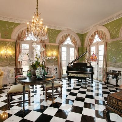 Designer Lee Robinson's Old Kentucky Home