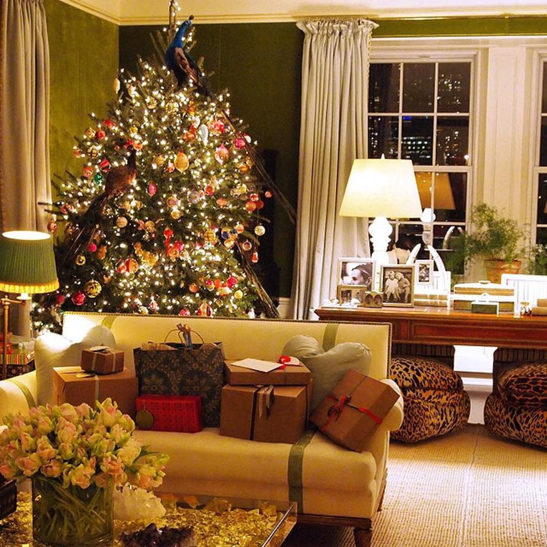 Tory Burch Green Velvet New York Apartment Christmas Tree Presents The Glam Pad