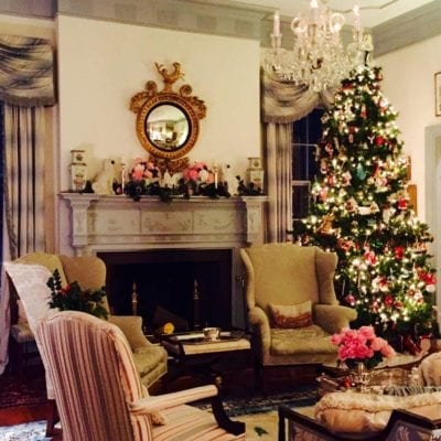 Classic Christmas with Holly Holden