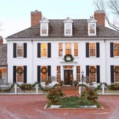 Colonial Christmas Cheer