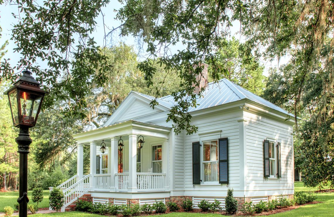 An Elegant 20 Square Foot Cottage   The Glam Pad