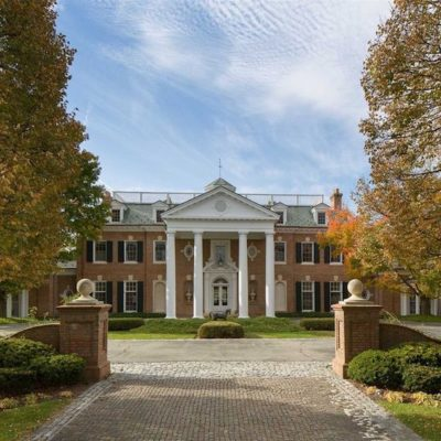 A Georgian Manor in Hudson Valley for Sale