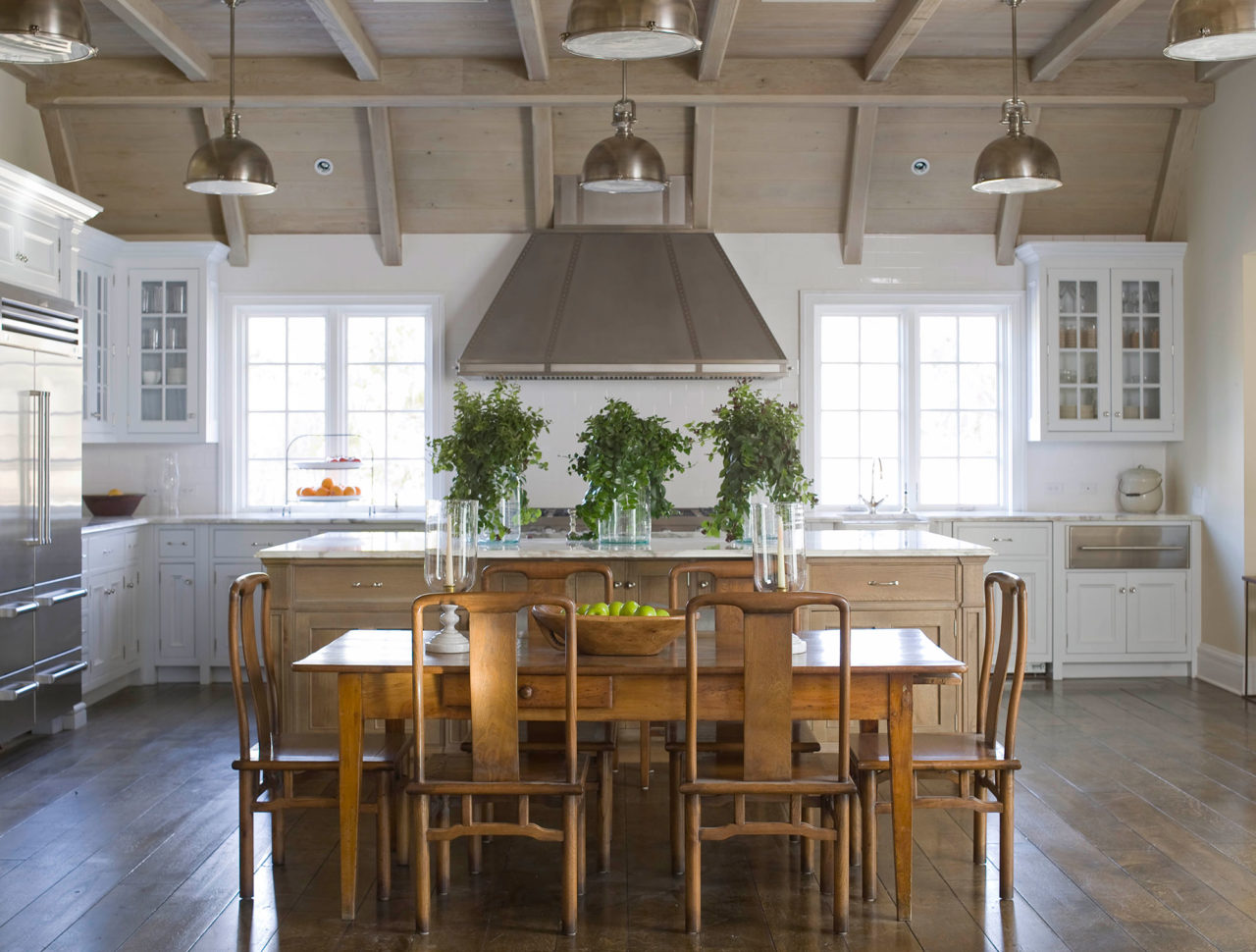 James Michael Howard Classic Kitchen The Hamptons The Glam Pad