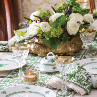 15 Festive Tablescapes for Saint Patrick's Day